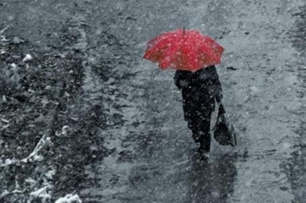 В субботу в Латвии ожидаются сильные дожди и порывистый ветер