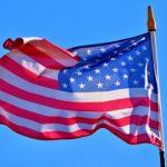 Оценка США жителями Латвии в этом году упала до самого низкого уровня