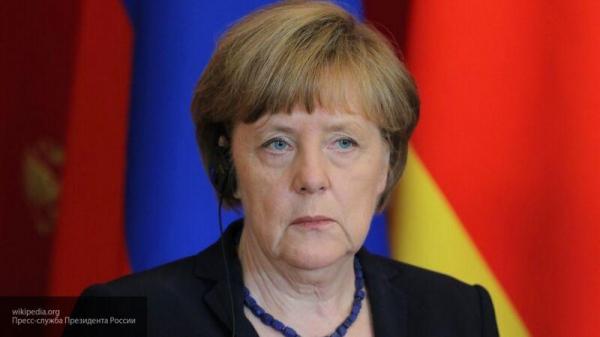 Немцы предложили Меркель заниматься проблемами ФРГ, а не Навальным