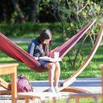 Бесплатные летние библиотеки появились в парках Москвы