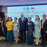 Руководителя Русского центра наградили медалью «За мир и дружбу между Вьетнамом и Россией»