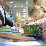 Около 300 издательств представят свои книги на ярмарке в Москве