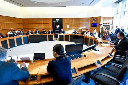 В Европарламенте призвали Евросоюз использовать родные языки национальных меньшинств