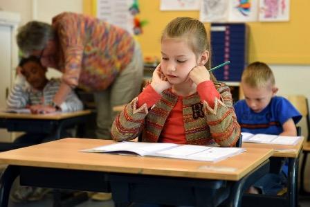 В латвийских школах вводят новые предметы за счет сокращения занятий по русскому языку