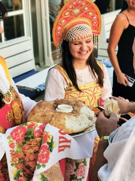 Жители Пловдива попробовали блюда русской кухни