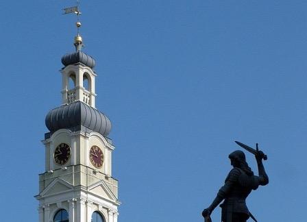Врач в Латвии отказался помогать русскоязычному гражданину
