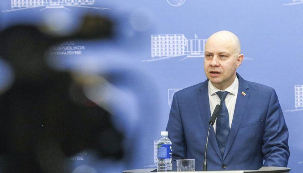 А.Верига: Латвия не сделала исключения, по приезде литовцам нужно будет изолироваться