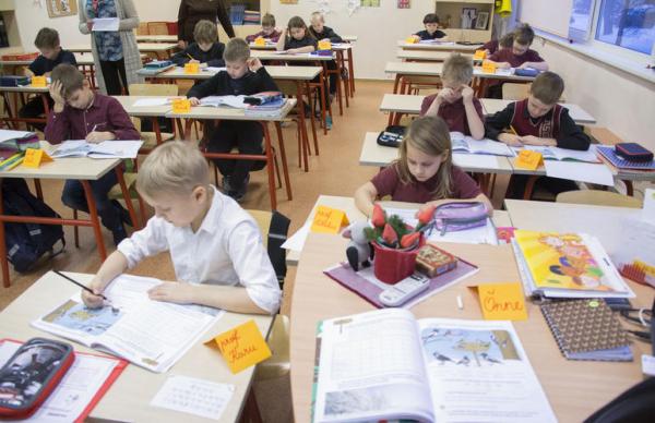 В День знаний в Эстонии был объявлен «школьный мир»