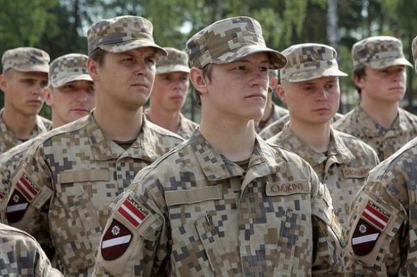 Треть земессаргов не активны: в Латвии пора возвращать обязательный призыв