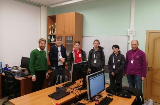 Школьники из России завоевали четыре награды на Международной олимпиаде по информатике