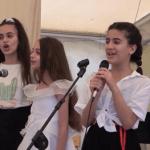 Сирийские дети спели песни на русском языке для военнослужащих на авиабазе Хмеймим