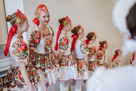 Русский бал по традиции состоялся в эстонском городе Тарту