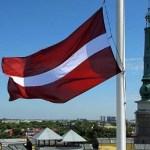 Большинство латвийцев положительно относятся к России