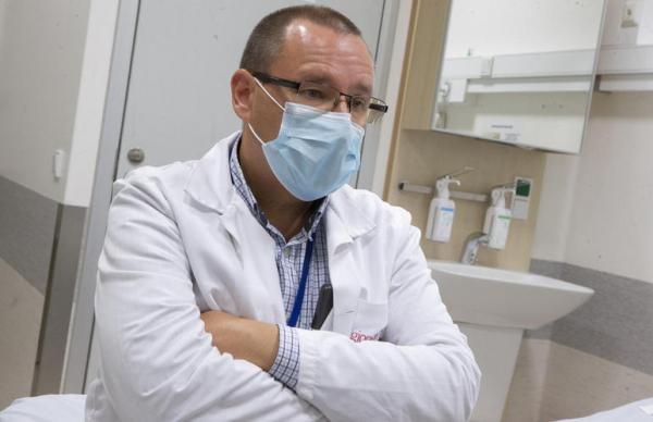 Доктор Аркадий Попов: надо учиться жить с СOVID-19