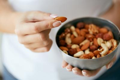 Как правильно есть орехи? Советы, чтобы не навредить здоровью