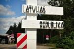 Люди в Латвии рассказывают, где после запрета купить алкоголь и сигареты на выходных
