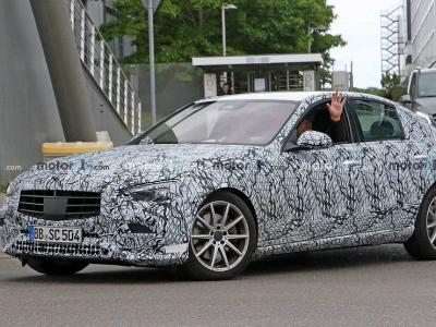 Mercedes-Benz раскрыл свежие подробности о новом C-классе