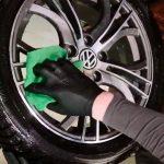 Почему литые диски на машине надо всегда чистить с обеих сторон