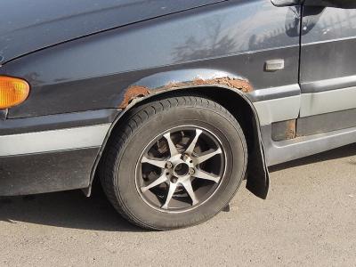 Почему ржавеют арки колес?