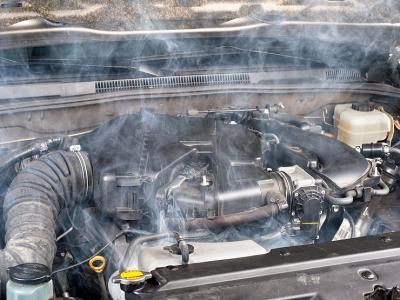 Прогревать двигатель летом: опасно или необходимо?