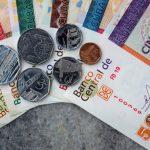Reuters узнал о планах первой после революции девальвации на Кубе