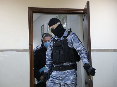 Российские водители массово вступились за Ефремова, получившего 8 лет тюрьмы