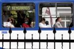 """В Ригас Сатиксме рассказали о числе высаженных из транспорта """"безмасочниках"""""""