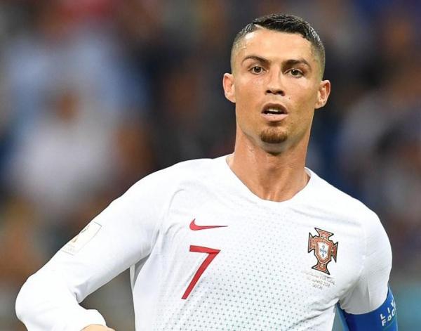 Футболист Криштиану Роналду заразился коронавирусом