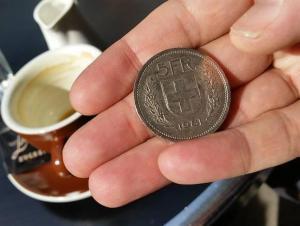 В Швейцарии предложили раздать людям по 7 500 франков