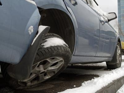 Дворовая месть: как россияне наказывают тех, кто не умеет парковаться