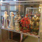 В Швеции организовали выставку кукол в русских народных костюмах