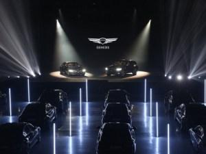 Genesis привез в Россию седан G80 и кроссовер GV80