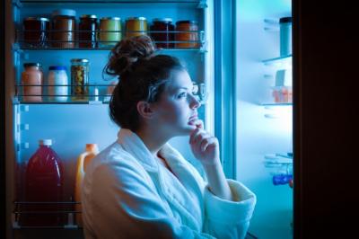 Какие продукты улучшают качество сна? Что можно есть перед сном?