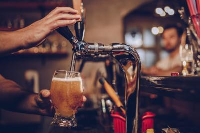 Правда ли полезно пить безалкогольное пиво после тренировки? Мнение нутрициолога
