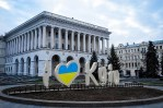Большая часть украинских граждан хочет возобновить добрососедские отношения с Россией