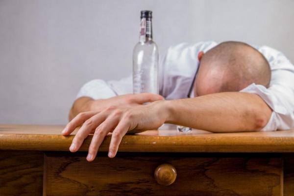 Проблема алкоголизма шире официальной статистики. И гораздо глубже
