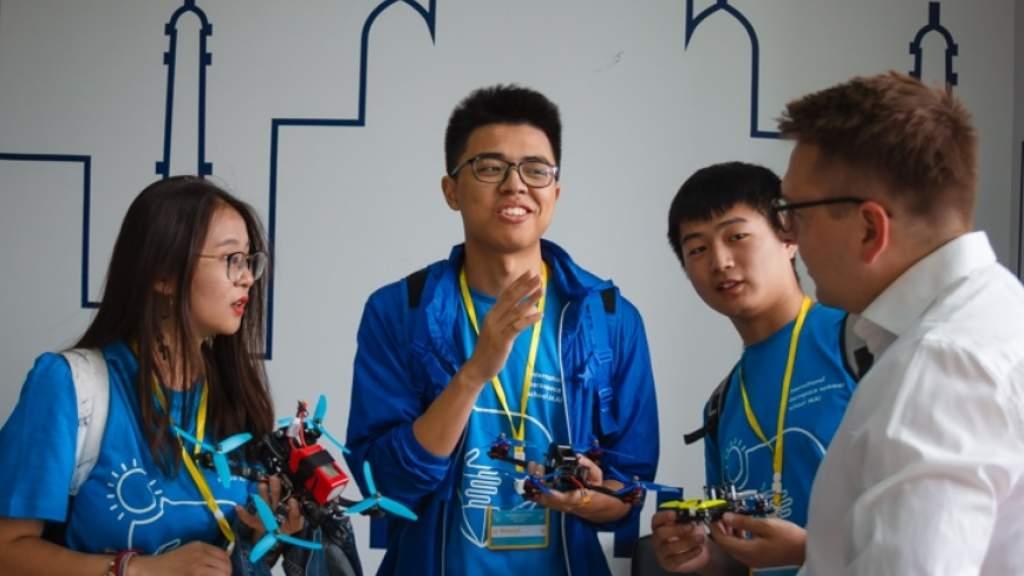 Число участников студенческих обменов между Россией и Китаем достигло 100 тысяч в 2019 году