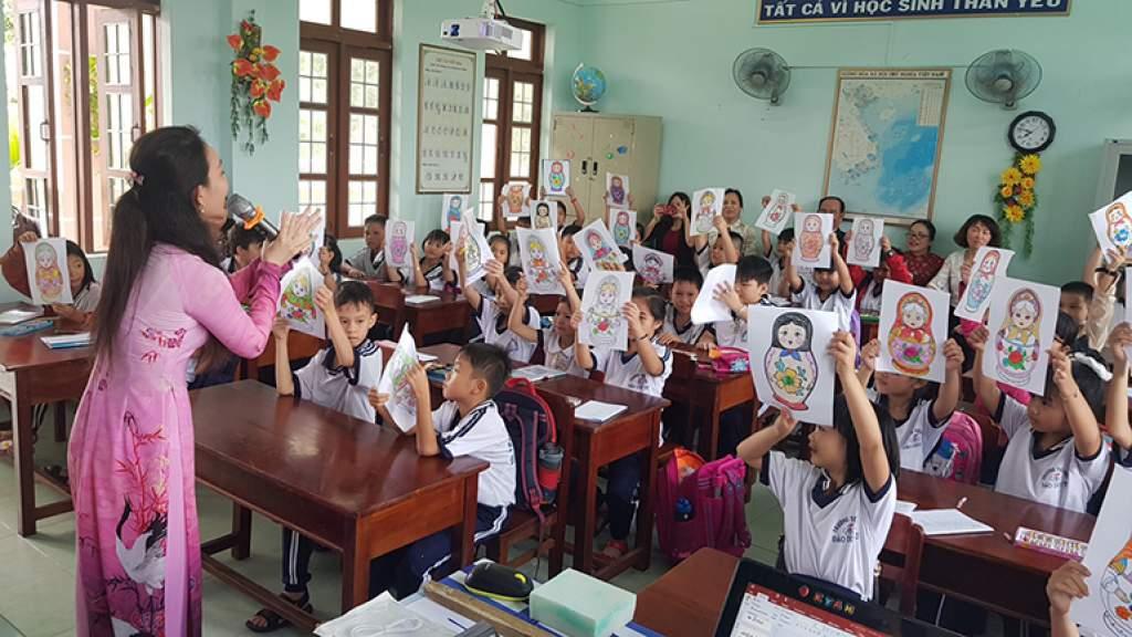 Экспериментальные уроки русского языка прошли во вьетнамской начальной школе