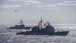 Иностранные пользователи считают провокацией нарушение российской границы эсминцем из Соединенных Штатов