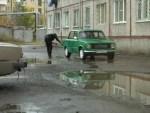 Как помыть машину во дворе и не получить штраф