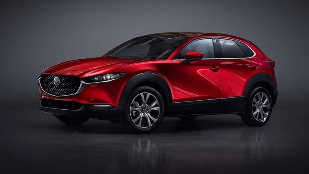 Mazda раскрыла стоимость кроссовера CX-30 для России