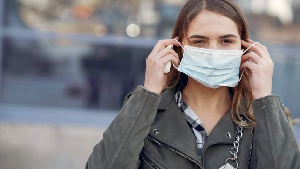 Новые меры в Эстонии: маски в закрытых помещениях станут обязательными