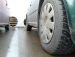 Почему шипованные шины нужны даже осенью, когда нет снега