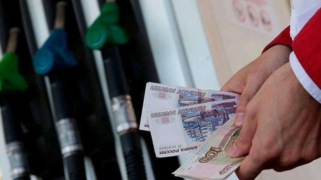 Акцизы на топливо снова вырастут: что будет с ценами на бензин