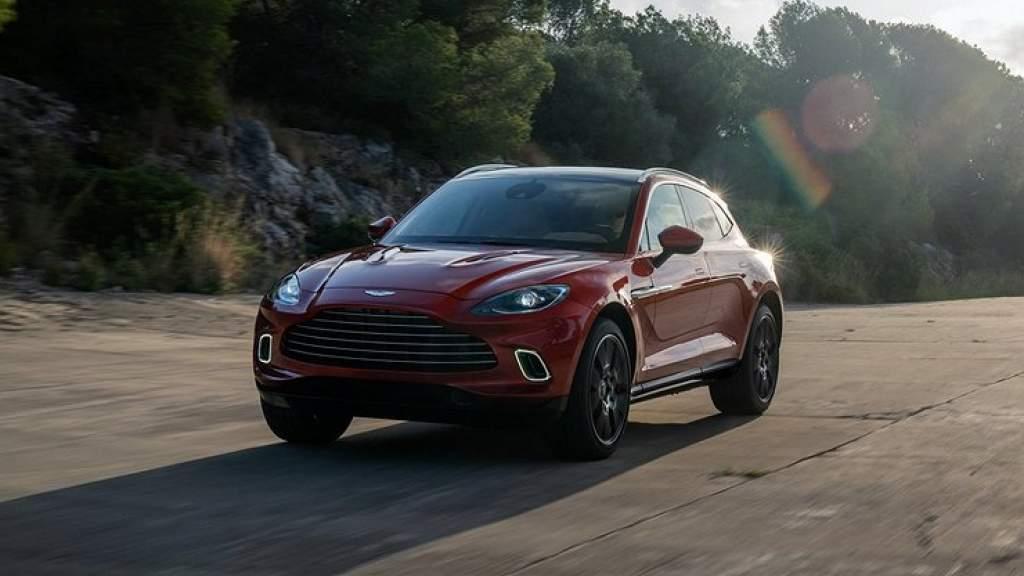 Aston Martin представит 10 новинок