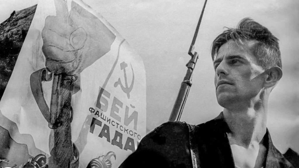 Фотовыставка о победе над фашизмом открылась в Нанкине
