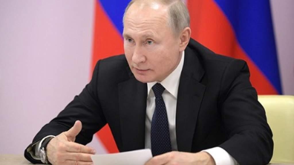Путин одобрил идею об ответственности за дискриминацию российских граждан в других странах