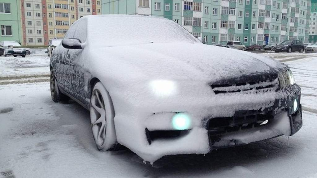 Как быстро и безопасно прогреть двигатель машины зимой