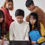 Минобрнауки России: зарубежные студенты смогут защитить дипломы в онлайн-формате