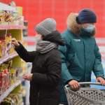 «Надев маску в латвийских магазинах, начинаю задыхаться!» - советы психолога